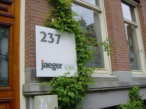 Jaeger naambord1-694x521